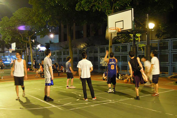Basketball_night_1